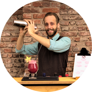 dario beim cocktailworkshop